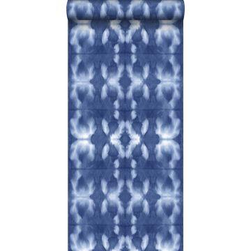 carta da parati disegno shibori tie-dye blu indaco jeans intenso